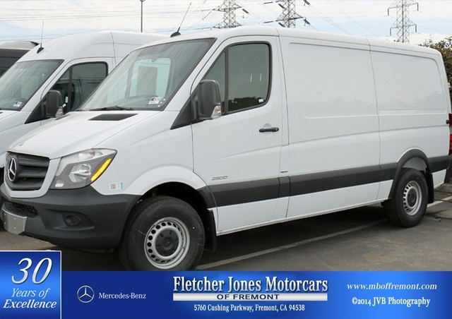 New Mercedes-Benz Sprinter Cargo Van 2500 144