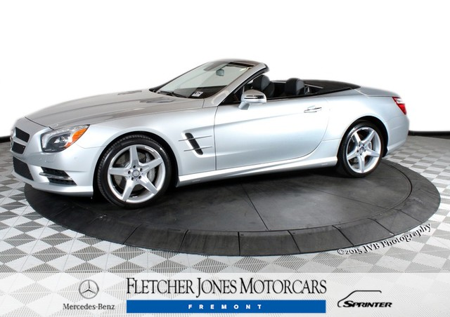 Pre-Owned 2014 Mercedes-Benz SL-Class SL550 Rear Wheel Drive Convertible